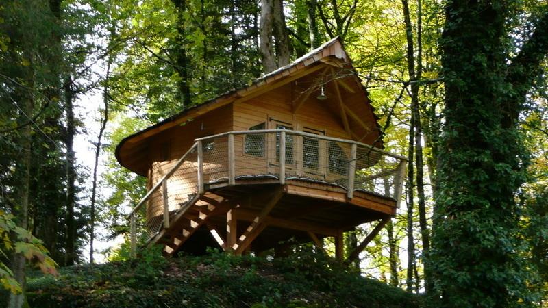 construire cabane en bois sur pilotis construire une cabane de jardin et son en fiche photos. Black Bedroom Furniture Sets. Home Design Ideas